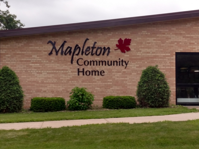 Mapleton Commuity home