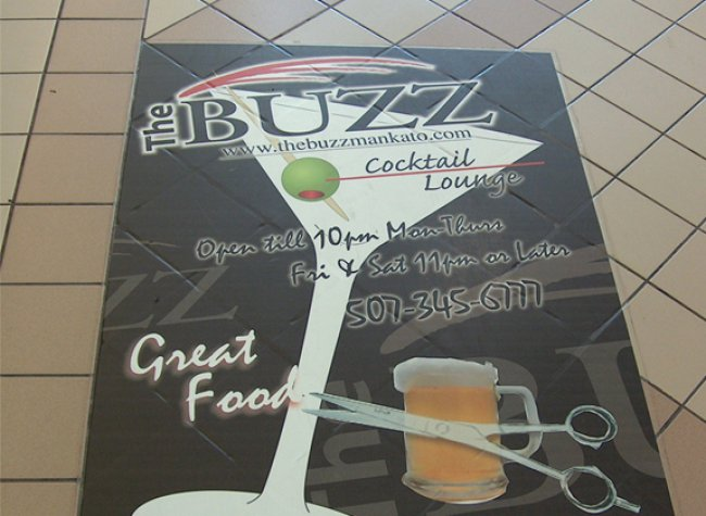 Buzz floor graphica